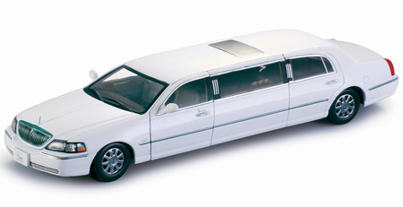 Ace White Town Car Limo
